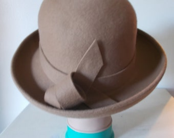 Vintage hat 80s Occasions by Failsworth Millinery camel coloured wool hat made in England