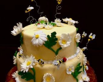 Sugar flowers - Gumpaste cake decorations- daisy, ladybug, bee - cake topper