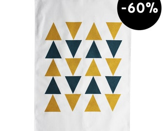 Graphic Tea Towel with triangles