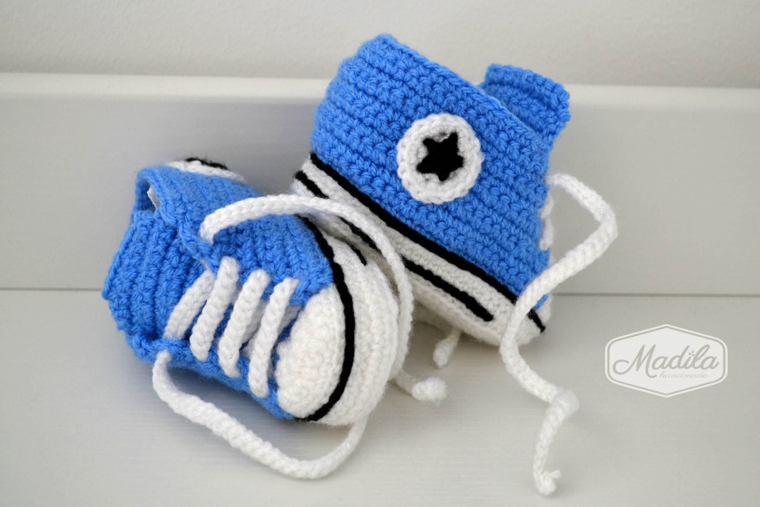 Crochet baby shoes converse unique booties boy by ...