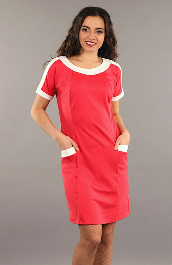 Tidebuy supplies petite and sexy office dresses, which are all very popular online for women & girls. We make sure the good quality and you could buy wholesale cheap pageant gowns at very low prices.