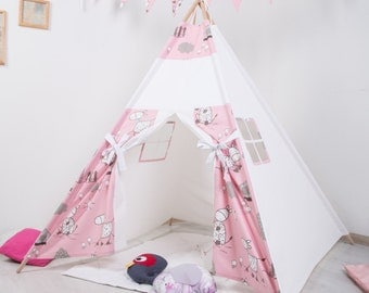 FREE SHIPPING! Children's Teepee Playtent.  Children's House. Children's tent. Playhouse. Wigwam