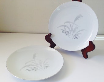 Vintage Pair of Wentworth Silver Wheat Plates
