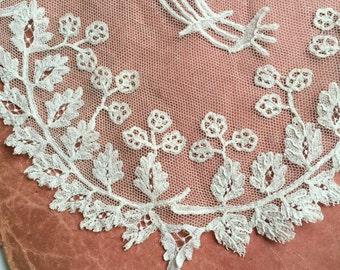 French Antique veil lace handmade, delicate floral motif, white, vintage wedding, Paris bride, french style, princess grace fingertip length