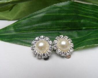 Girls Ivory Pearl and Rhinestone Clip on Earrings, pearl earrings, bridal earrings, rhinestone clip on earrings, wedding clip on earrings,