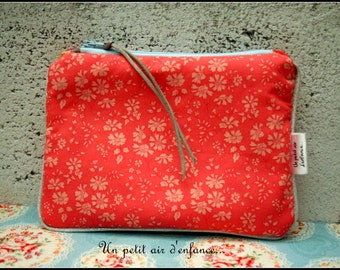 Piped and padded pouch