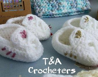 Baby Trainer Crochet Booties