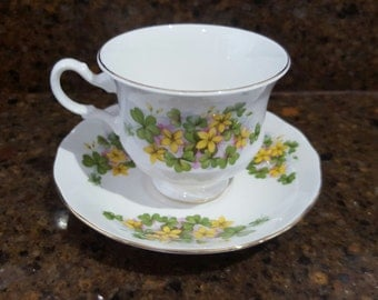 Collectible QUEEN ANNE Yellow Flowers Pink Accent 8615 Footed Tea Cup & Saucer Set, England