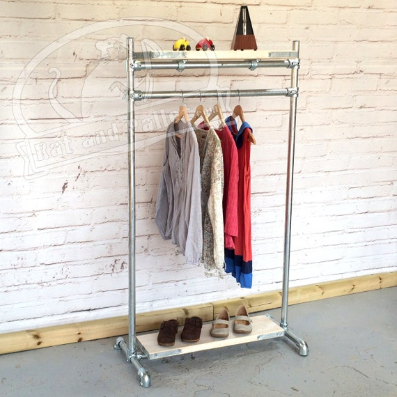 Free Standing Clothes Rack in Scaffold. Loft Style, Heavy Duty Rail ...