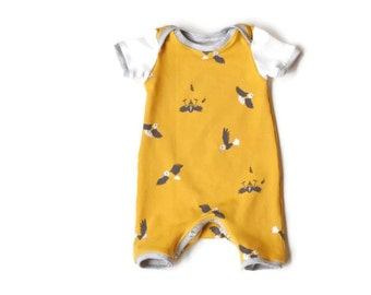 Onesie, play suit, summer suit for baby boys, yellow organic jersey with cute little birds. Organic baby and children clothes, organic baby