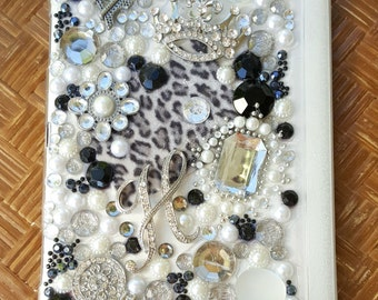 Handmade Jeweled, Tri-Folding Case for Samsung Galaxy S 8.4 Tablet - Chic Black and White