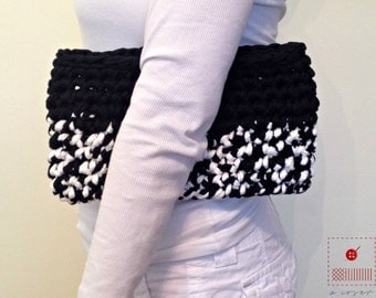 Small Trapillo Clutch-Hoooked Zpagetti-Purse-Tshirt bag-T-shirt trapillo-XXL-TrapilloTote-Crochet Tote-T-shrit Yarn Pouch-Handbag-Pocketbook