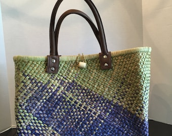 On Sale!  Vintage Green and Blue Straw Bag