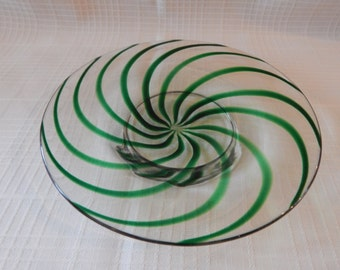 FREE SHIPPING:  Vintage Green Swirl Art Glass Serving Dish