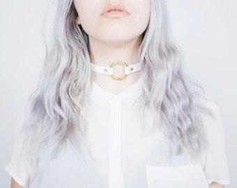 White Leather O Ring Choker