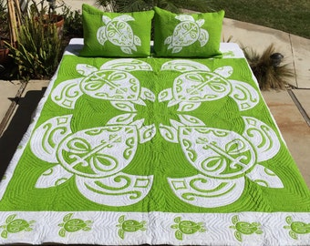 Hawaiian Honu Quilt in Tahitian Lime Green on White Queen Size (88inX93in) Batik (Hand Dyed) with Shams Palama Style