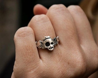Claddagh Skull ring in Silver