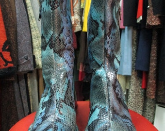Stivaletti donna vera pelle.Effetto pitone.Tg.35.Made in Italy/stunning 90s leather boots/Phyton printed/Half-calf/ Made in Italy/Size 5 USA