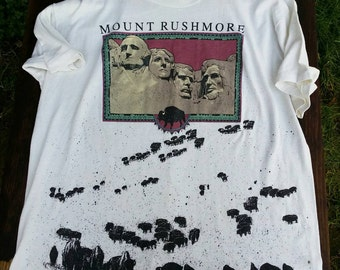 Vintage Mount Rushmore tee shirt Buffalo native print tshirt 1980s retro hipster