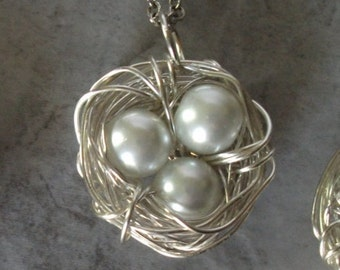 Birds Nest Necklace with White Glass Pearls