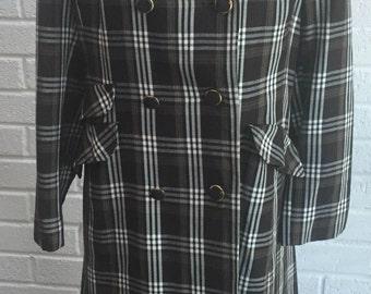 Womens vintage 1970's Coat. UK size 12