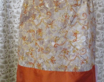 Summer skirt Gr. 38/40 embroidered cotton