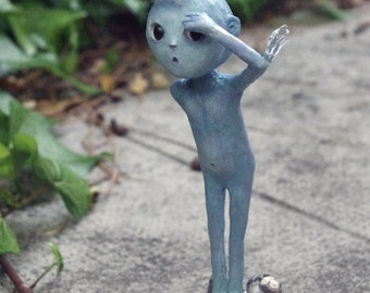 OOAK- Art doll: Boops, genie of the deep sea. Paper clay, paper mache and natural shell. No molds