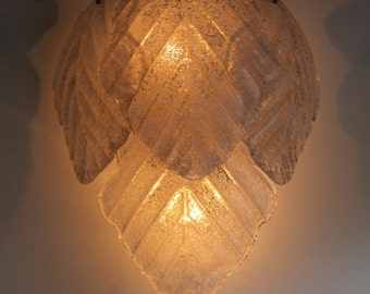 Very rare vintage, murano Sconce, glass leaf wall light, aplique murano, aplique en pate de verre
