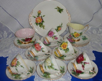 Superb PARAGON CHINA Roses And Gold Tea Set (The WORLDS Famous Roses) Signed Harry Wheatcroft