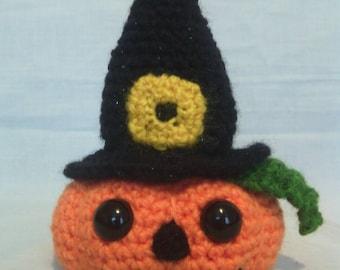 Crochet Pumpkin in Witch's Hat