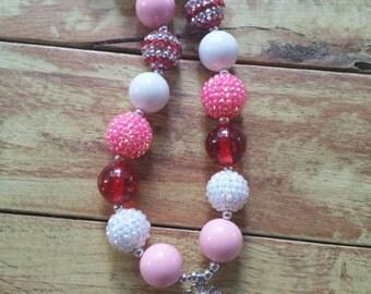 Peppa Pig Necklace Chunky Bubblegum Necklace, Peppa Pig Necklace, Girls Necklace, Bubblegum Necklace, Peppa Pig, Waterproof pendant