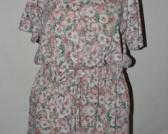 Plus size vintage floral romper/ Plus size romper/ Plus size floral romper/ Plus size vintage/ size 22