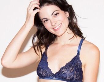 Navy Lacie Bralette // Navy Blue Lace Bralet, Stretch Bra, Comfortable Lingerie, Pretty Undies, Soft bra, Delicate Lingerie, Triangle Bra