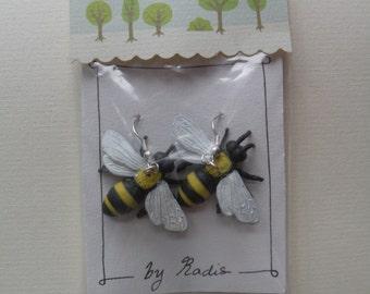 fun bee earrings / animal earrings