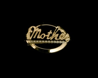 """A Classic 50's """"Mother"""" Brooch                      VG1937"""