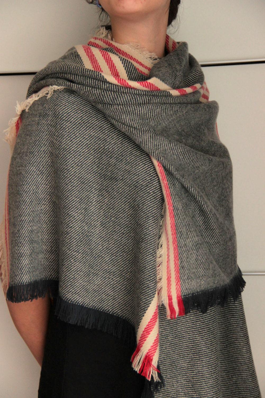 super soft striped blanket scarf gray scarf with red stripes. Black Bedroom Furniture Sets. Home Design Ideas