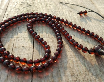 6 Small: 108 baltic amber mala for meditation (size Ø5 colour 6)