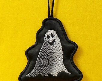 Halloween Pendant Ghost  - machine embroidery designs / Set