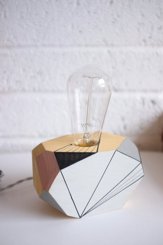 geometric lighting wooden table lamp auriga by. Black Bedroom Furniture Sets. Home Design Ideas