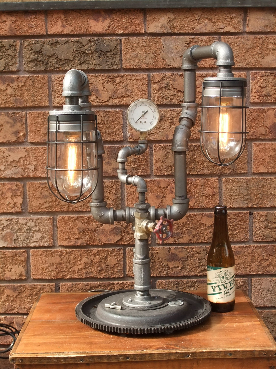 item 118 industrial pipe lamp black pipe lamp vintage. Black Bedroom Furniture Sets. Home Design Ideas