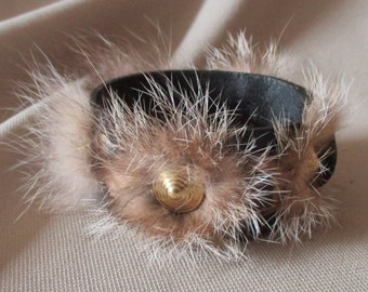 Bracelet in leather and fur real