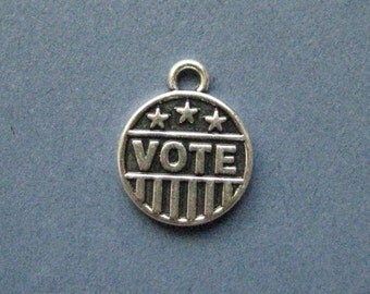 5 Vote Charms - Vote Pendants - Voters - Voting Charm - Antique Silver - 14mm x 17mm --(No.28-10294)