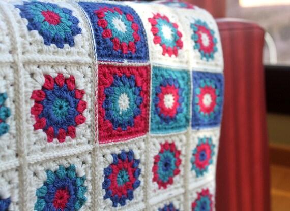 Manta crochet para beb s manta granny squares en colores - Mantas ganchillo colores ...