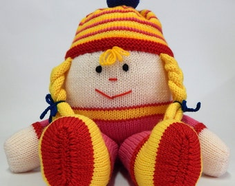 HUMPTY DUMPTY, nursery rhyme toy, hand knitted humpty dumpty, knitted soft toy, knitted children's toy, soft knit toy, humpty dumpty doll