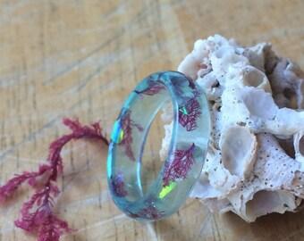 Light blue sea plant & suncatcher resin ring. Aquarium ring. Resin plant ring. Ocean jewelry