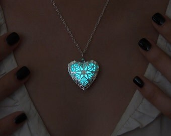 Glow in the Dark Necklace - Aqua Heart - Glowing Necklace - Glow in the Dark Jewelry - Glow Pendant - Gift for Her - Love Necklace