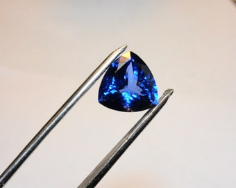 Tanzanite.  5.67ct. AAAA D Block Tanzanite Trillion Loose Gemstone.