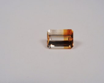 7.5ct Bi-Color Citrine 14 x 10mm Loose Gemstone.