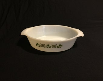 Vintage Fire King Anchor Hocking Oval Casserole Dish - Meadow Green - #433, 1 1/2 Quart