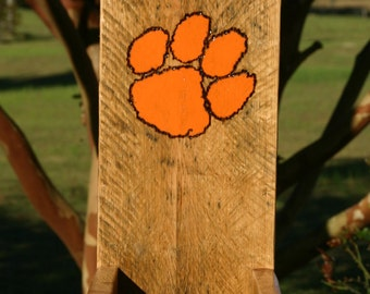 Bottle Cap Catcher with Tiger Paw Design
